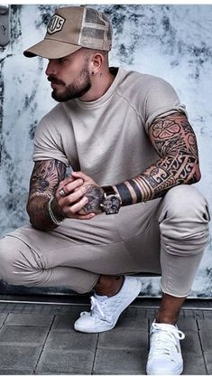 men s outfits ideas Men Looks, Tatted Men, Polynesian Tattoo Designs, Look Man, Inked Men, Photography Poses For Men, Best Mens Fashion, Forearm Tattoo Men, Men Street