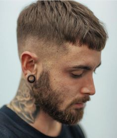 Men's Caesar Haircut - Best Caesar Cut Hairstyles For Men: Cool Caesar Fade Haircut For Guys Mens Hairstyles With Beard, Hair And Beard Styles, Hairstyles Haircuts, Haircuts For Men, Trendy Hairstyles, Straight Hairstyles, Short Hair Cuts, Short Hair Styles, Hair Reference