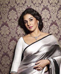 WeddingSutra Editor's Blog » Blog Archive » Vidya Balan dons 'Nouveau-Traditions' design trend in Platinum