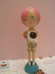 Clothespin Doll- love the face on this one