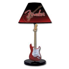Find your sheet music at night with the guitar lamp.