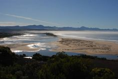 Heatherhill Plettenberg Bay Heatherhill is set in Keurboomstrand, 900 metres from Lanwood Snake Park and 1.1 km from Bramon Wine Estate. Free private parking is available on site.  A flat-screen TV with satellite channels and DVD player, as well as a CD player are featured.