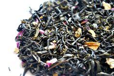 Valle verde: té verde Chunmee (China) piel de limón, virutas de jengibre y pétalos de amaranto