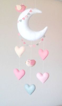 This handmade felt mobile is made of silicone fiber. Nice cell phone with moon, hearts and two tende Felt Crafts Diy, Bird Crafts, Crafts For Kids, Felt Mobile, Baby Mobile, Cloud Mobile, Diy Bebe, Felt Baby, Handmade Felt
