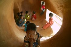 METI – Handmade School. Rudrapur, Bangladesh. Architects Anna Heringer and Eike Roswag. Photo by Kurt Hoerbst.