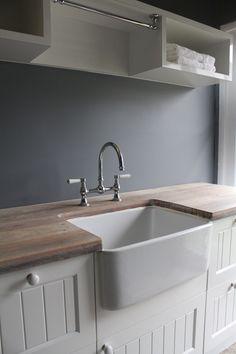 Butler laundry & kitchen sink. http://www.restorationonline.com.au/sinks/kitchen-sinks/belfast-and-butler-sinks