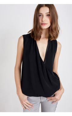Liu Jo - Vêtements - PULL « ENIGM »   CLOTHS COUTURE   Pinterest   Discover  more best ideas about Liu jo and Jo o'meara