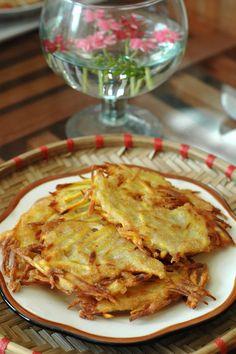 Giòn thơm dân dã món bánh khoai chiên - http://congthucmonngon.com/38897/gion-thom-dan-da-mon-banh-khoai-chien.html