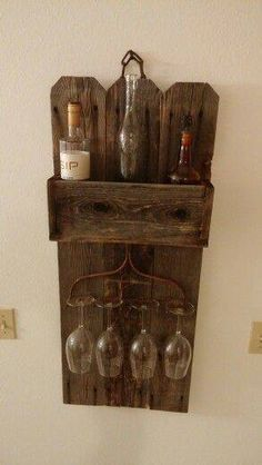 pallet / old fence wine rack