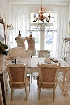 Dreams Come True French Country Interiors, French Country Cottage, Cottage Interiors, Cottage Chic, White Cottage, Cottage House, All White Room, White Rooms, Shabby Chic