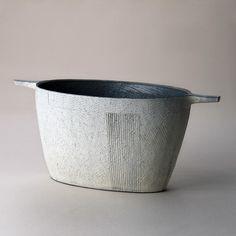 Flower vase 'Asa no Hikari' by Japanese ceramic artist Yuiichi Chiba (b.1971). Stoneware, 24.3 x 54.7 x 24.2 cm. via Joan B Mirviss Ltd