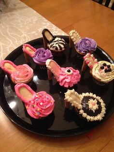 Cupcakes, Milano cookies and pirouette cookies and some frosting embellishments...whoala!