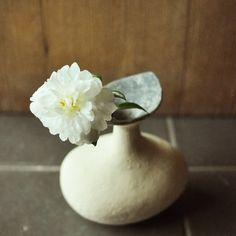 Flower vase 14 by Yoko Komae