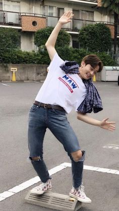 Mark Lee, Jaehyun, Kpop, Nct 127 Mark, Canadian Boys, Lee Min Hyung, Enola Holmes, Mode Streetwear, Taeyong