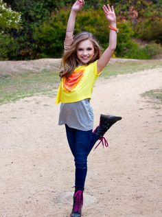 maddie from dance moms. she looks so pretty!