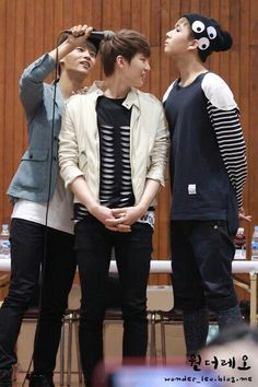 N, Leo, Ravi not sure what theyre doing ^^