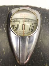 Vintage Mid-Century Borg Bathroom Scale Made In Chicago U.S.A.