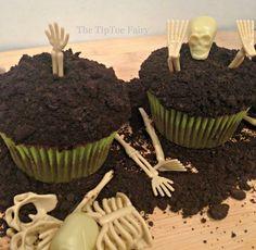 Halloween Treats - Boneyard Cupcakes from The TipToe Fairy
