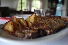 Romanian style breakfast. ;) Romanian Food, Steak, Traditional, Breakfast, Recipes, Kitchens, Morning Coffee, Recipies, Steaks