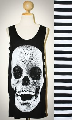 Crystal Diamond Skull Halloween Black Stripes Tank Top Sleeveless Women Art Punk Rock T-Shirt Size M