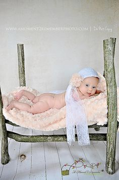 Newborn Log Bed Photography Prop by TheBabyPropShop on Etsy, $120.00