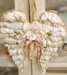 Shabby Angel Wings, prettiest ones I have seen;-)