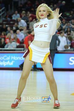Cheerleading Workouts, College Cheerleading, Cheer Stunts, Cute Cheer Pictures, Sport Treiben, Ukraine Girls, Cheer Outfits, Football Cheerleaders, Hockey Girls