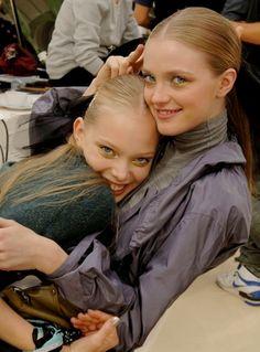 Tanya Dziahileva + Vlada Roslyakova @ Chanel S/S 2007 Tanya Dziahileva, Munich Models, Vlada Roslyakova, Models Backstage, Korean Aesthetic, Vogue Covers, Student Fashion, Facon, Model Agency