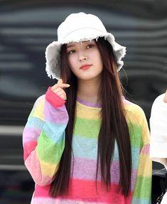 Nancy Momolanada Post by Korean Beauty Girls, Beauty Full Girl, Korean Girl, Asian Beauty, Nancy Jewel Mcdonie, Nancy Momoland, Beautiful Girl Image, Beautiful Asian Girls, Beautiful Heroine