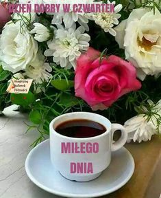 Good morning sister and yours, have a nice Monday and a Lovely week, God bless 🌹💖☕🐇🐇🐤🐡 Brown Coffee, Coffee Love, Coffee Art, Coffee Cups, Tea Cups, Sunday Coffee, Good Morning Coffee, Coffee Break, Mini Desserts
