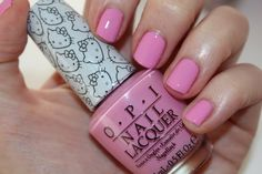 opi-hello-kitty-swatch-look-at-my-bow