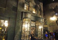 7 things you must do inside Diagon Alley besides the rides: 7) Take a walk on the dark side in Knockturn Alley