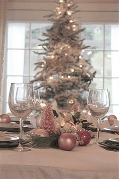 FRENCH COUNTRY COTTAGE: DREAMING OF A PINK CHRISTMAS normally I'm not a pink person, but this is pretty
