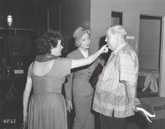 Elsa Lanchester, Marlene Dietrich & Charles Laughton on set of Witness for the Prosecution, 1957, Billy Wilder.