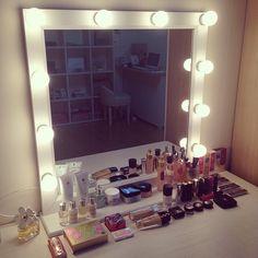 The Makeup Blog: Photo