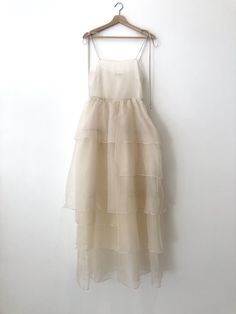 Organza Dress, Silk Organza, Silk Slip, Ivory Silk, Ivory White, Necklines For Dresses, White Maxi, Look At You, Mode Inspiration