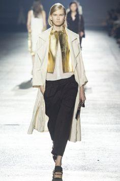 Sfilata Dries Van Noten Paris - Collezioni Primavera Estate 2014 - Vogue