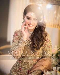 Pakistani Bridal Wear, Pakistani Dress Design, Pakistani Wedding Dresses, Celebrity Fashion Outfits, Fashion Dresses, Celebrities Fashion, Celebrity Style, Dress Makeover, Latest Bridal Dresses
