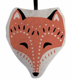 Fox cushion by Solitaire. I love the markings on the face.