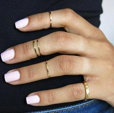 set of 5 gold knuckle rings, pinky ring, mid knuckle ring, above… CAD) ❤… - Rings Jewelry White Nail Polish, White Nails, Pink Nails, Pink Polish, Gold Nail, Gel Polish, Jewelry Trends, Jewelry Accessories, Trendy Jewelry