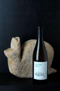 »The Idler white« Cuvée aus Grauburgunder und Chardonnay. Nomen est Omen, Marcel hat diesen Wein gezaubert.