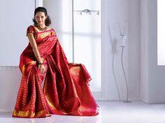 kerala wedding saree Brocade Saree, Banarsi Saree, Red Saree, Wedding Saree Collection, Designer Sarees Collection, Kerala Wedding Saree, Saree Wedding, Indian Dresses, Indian Outfits