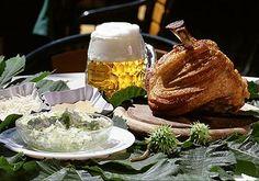 Schweizerhaus, Wein (Vienna) By Karl Koralik Bratwurst, Vienna Restaurant, Alpine Adventure, Austria, Good Food, Turkey, Breakfast, Ethnic Recipes, Restaurants