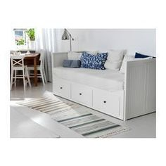 Hemnes Ikea bed - cute day bed. Would be nice in my craft/guest room.