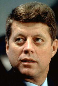 John F Kennedy; Great picture of our president in Heaven. Greatest Presidents, American Presidents, Us Presidents, American History, Irish American, Les Kennedy, John Kennedy Jr, Jfk Jr, Dallas