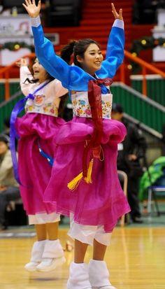 Hanbok Cheerleaders