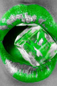 Green and silver Lipstick Art, Lip Art, Lip Colors, Green Colors, Color Splash, Color Pop, Candy Lips, Body Shots, Flash Art
