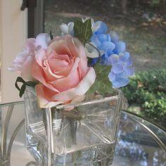 Beautiful silk flower pink rose arrangement