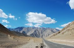 Travels and Ruminations: MotorCycle Trip across India - Leh to Kargil to Sr...