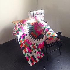 Our BERNINA Ambassador LUKE Haynes is creating a quilt from paper!